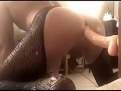 Long thick cock in my ass please