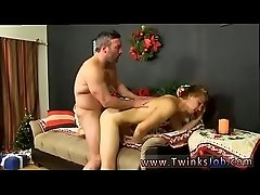 Small gay sex and oral boy homo Patrick Kennedy catches hunky muscle