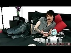 Teen emo hardcore free movie gay first time Hot emo lad Lewis Romeo