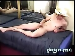 Fat 10-pounder twink gets a head