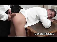 First Time Anal For Cute Naive Mormon Boy - MORMON-BOYZ.COM