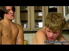 Bear fuck gay twink teen boys video The studs are cooking up