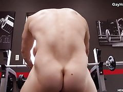 Gay sex in the gym. Cum on face