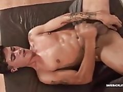 Pulled muscle twink spreads ass for hard cock