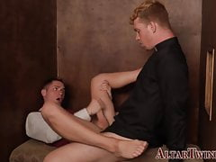 Priest fucks altarboy twink in confession