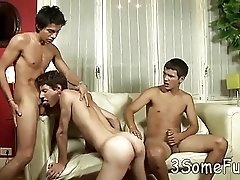 Mind-blowing all-male oral threesome orgy at home