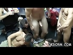 Nice twink enjoys shlong sucking