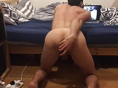 Hands free cumming